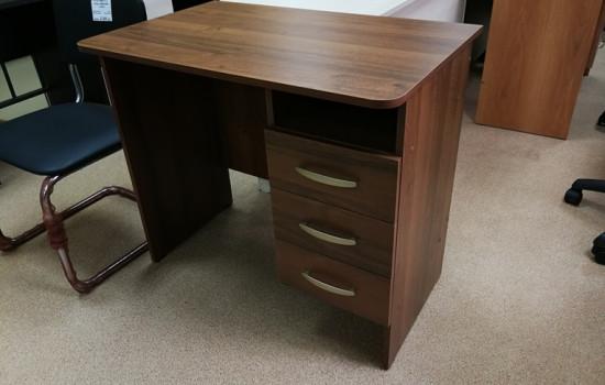 Письменный стол (880)