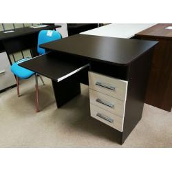 Письменный стол (880) с полкой под клавиатуру