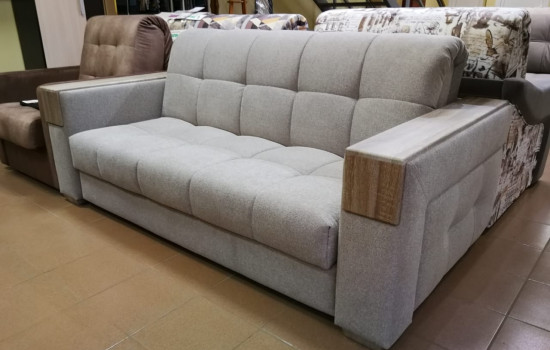 Серый диван с широкими подлокотниками в Пушкино