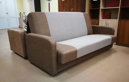 недорогой диван-книжка в коричневой ткани