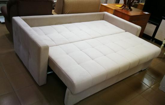 Раскладной диван на металлокаркасе