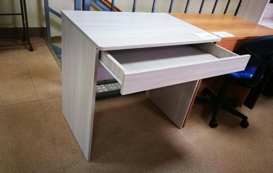 Письменный стол (800 мм) с ящиком
