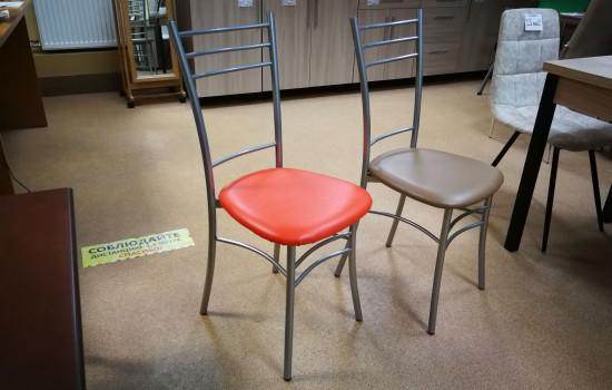 Кухонный стул с мягким сиденьем в Пушкино