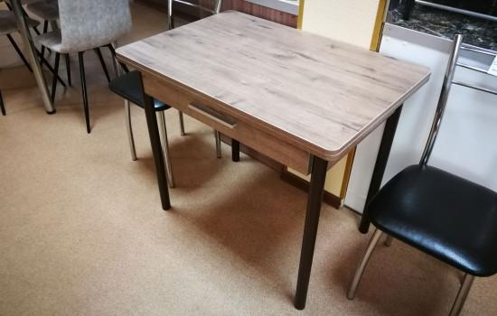 Раскладной кухонный стол с ящиком