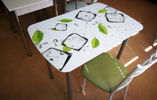 Раздвижной стол с фотопечатью